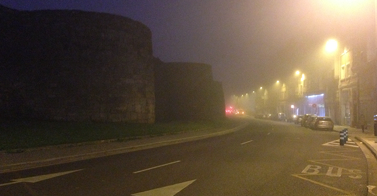 Niebla en la Ronda de la Muralla