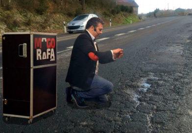 El Mago Rafa prepara un nuevo espectáculo donde hará desaparecer todos los baches de las carreteras de la provincia