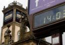 El Ayuntamiento no encuentra quien arregle el reloj de la torre y decide sustituirlo por uno digital