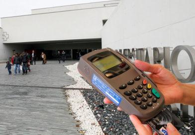 Los gorrillas del HULA ya pueden cobrar a sus clientes con tarjeta gracias a los TPV cedidos por ABANCA