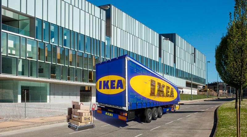 Vecinos de Aceña de Olga sospechan de un camión de IKEA que lleva 2 días vacíando cajas en el nuevo auditorio