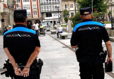 Varios policías locales se detienen a si mismos después de insultar a Lara Méndez