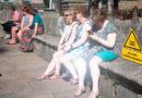 Ola de calor: Tráfico obligará a señalizar los cuerpos excesivamente blancos por miedo a deslumbramientos a los conductores