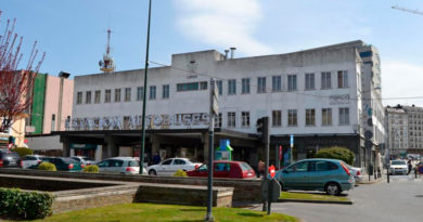 Los toxicómanos de la estación de autobuses piden al Ayuntamiento 'sujeta-vasos' en los bancos de la futura plaza