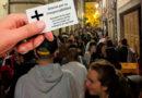 Funerarias lucenses ofrecerán descuentos a todos los jóvenes que el pasado sábado se juntaron en la Rúa Nova