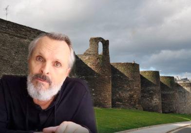 Miguel Bosé no se cree el pasado romano de la ciudad de Lugo