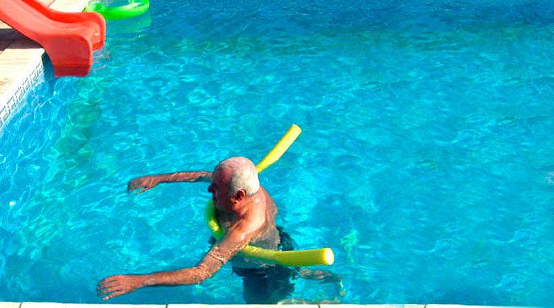 El Club Fluvial obligará a los socios que increparon a la directiva a utilizar flotador en las piscinas