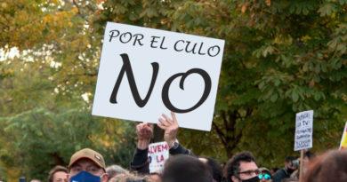 """Negacionistas anales convocan una manifestación contra las nuevas PCR a través del grupo de facebook 'Eres de Lugo si…"""""""