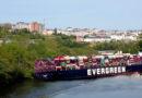 El carguero EVERGREEN encalla de nuevo, esta vez en el Miño y con un cargamento de Nestle Jungly para Carrefour